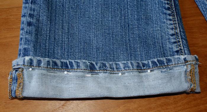 Les tutos comment coudre un ourlet sp cial jeans laissons lucie faire - Faire un ourlet de pantalon ...