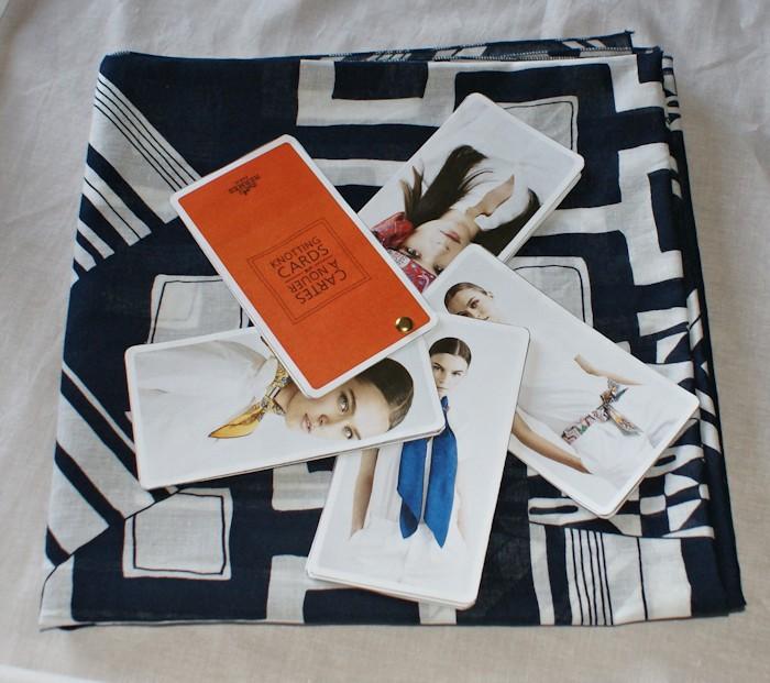 Foulard_cartes-à-nouer-Hermes