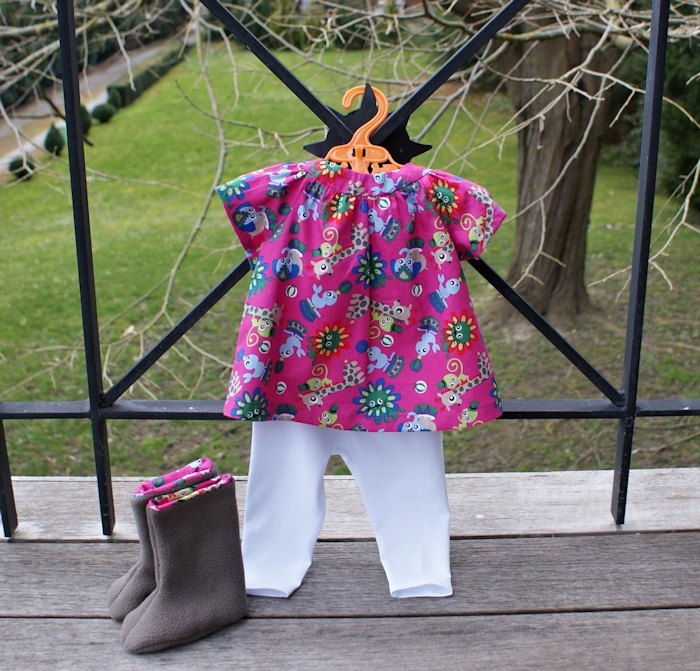 Tenue pour bébé fille, blouse Alma, Go To Patterns Legging et bottes chaussons Petit Citron, par Laissons Lucie Faire