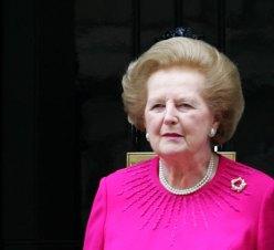 Margaret Thatcher wearing pearls
