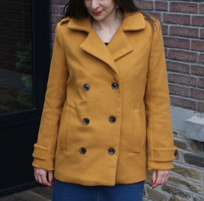 Manteau Saint-Michel moutarde par Laissons Lucie Faire