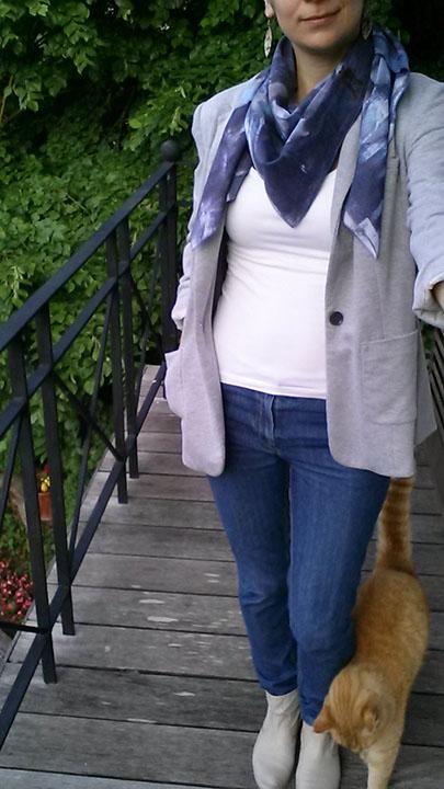 Me Made May 2016, jeans burda et foulard teint à la teinture Inkodye