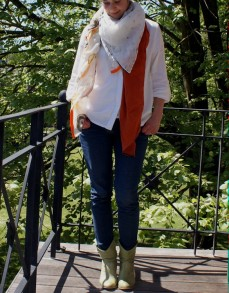 Me Made May, jeans Burda, chemise Venue La Maison Victor et foulard 4 en 1 réalisé en atelier chez Les Tissus du Chien Vert