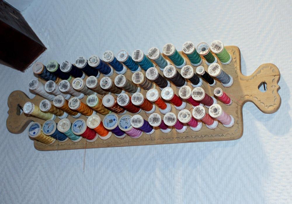Porte-bobines de récup DIY par Laissons Lucie Faire