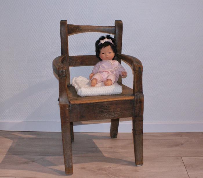 Baby doll blanket au crochet par Laissons Lucie Faire