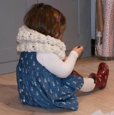 Snood au crochet, point épis, par Laissons Lucie Faire