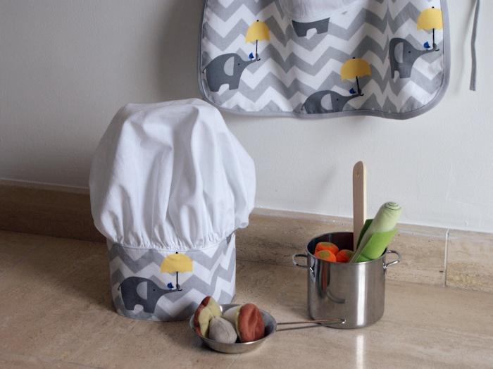 Tablier et toque de petit chef patron et tuto gratuits laissons lucie faire - Patron tablier cuisine enfant ...