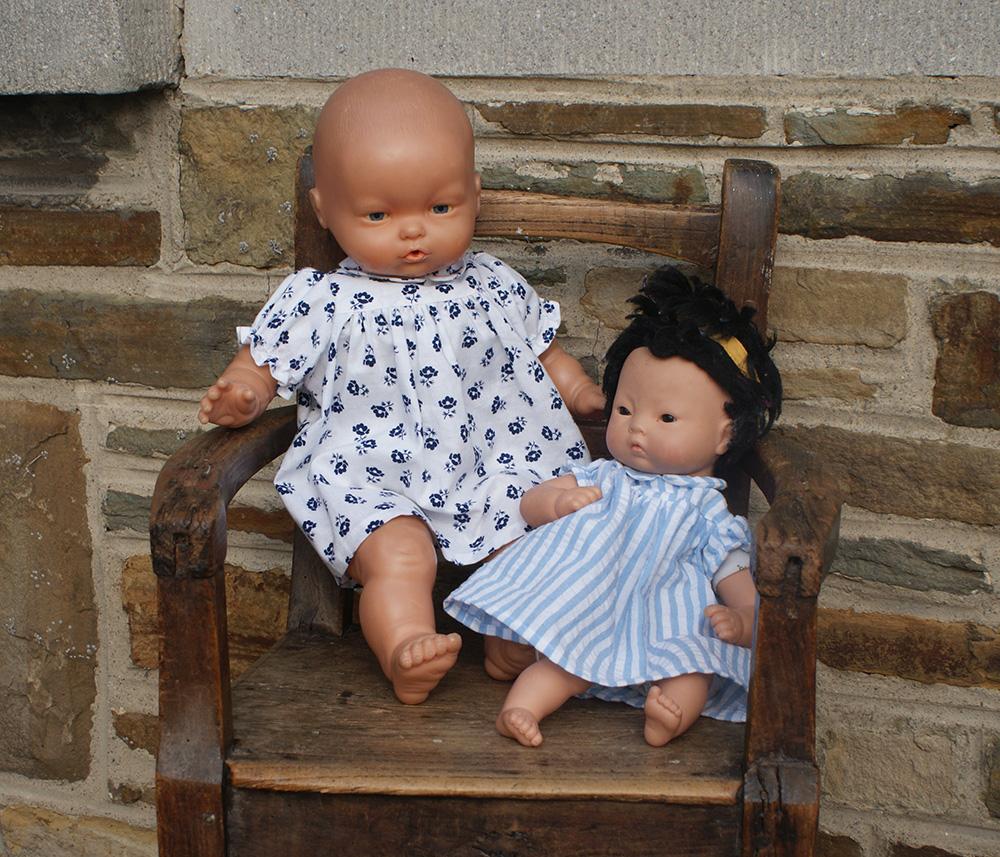 Robes de poupées années 40 par Laissons Lucie Faire
